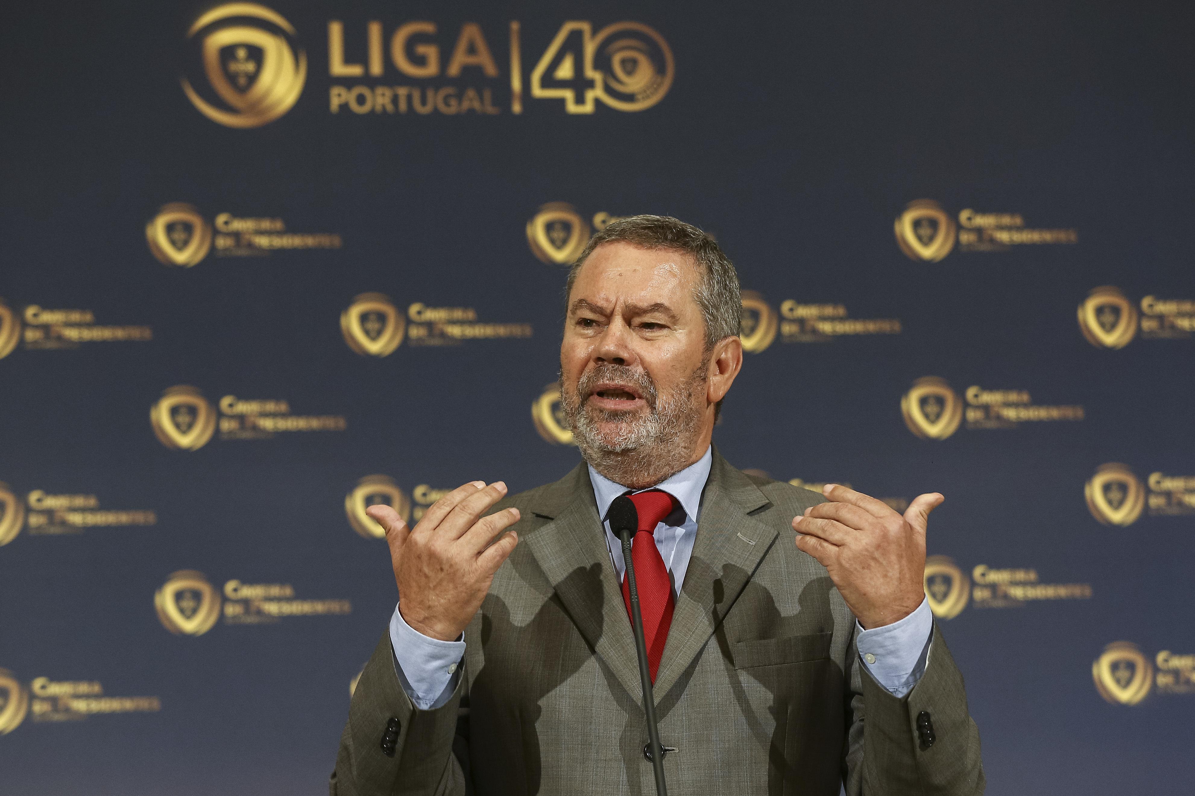 """Carlos Pereira responde a Pinto da Costa: """"Não percebo onde está a ofensa"""""""