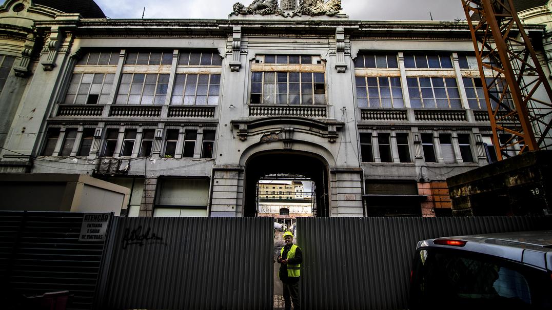 Possível alteração de términos de autocarros de Gondomar ao Porto gera críticas