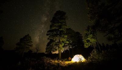 8 passeios para fazer durante a noite. Portugal incluído