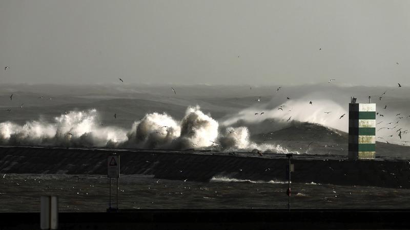 Autoridade Marítima e Marinha alertam para agravamento do vento e agitação marítima no norte do país