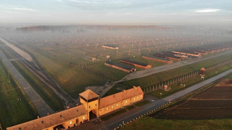 Auschwitz visto do céu, 75 anos depois da libertação