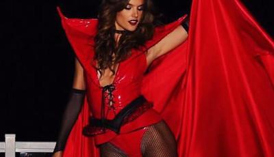 Os melhores looks de Alessandra Ambrosio no Halloween