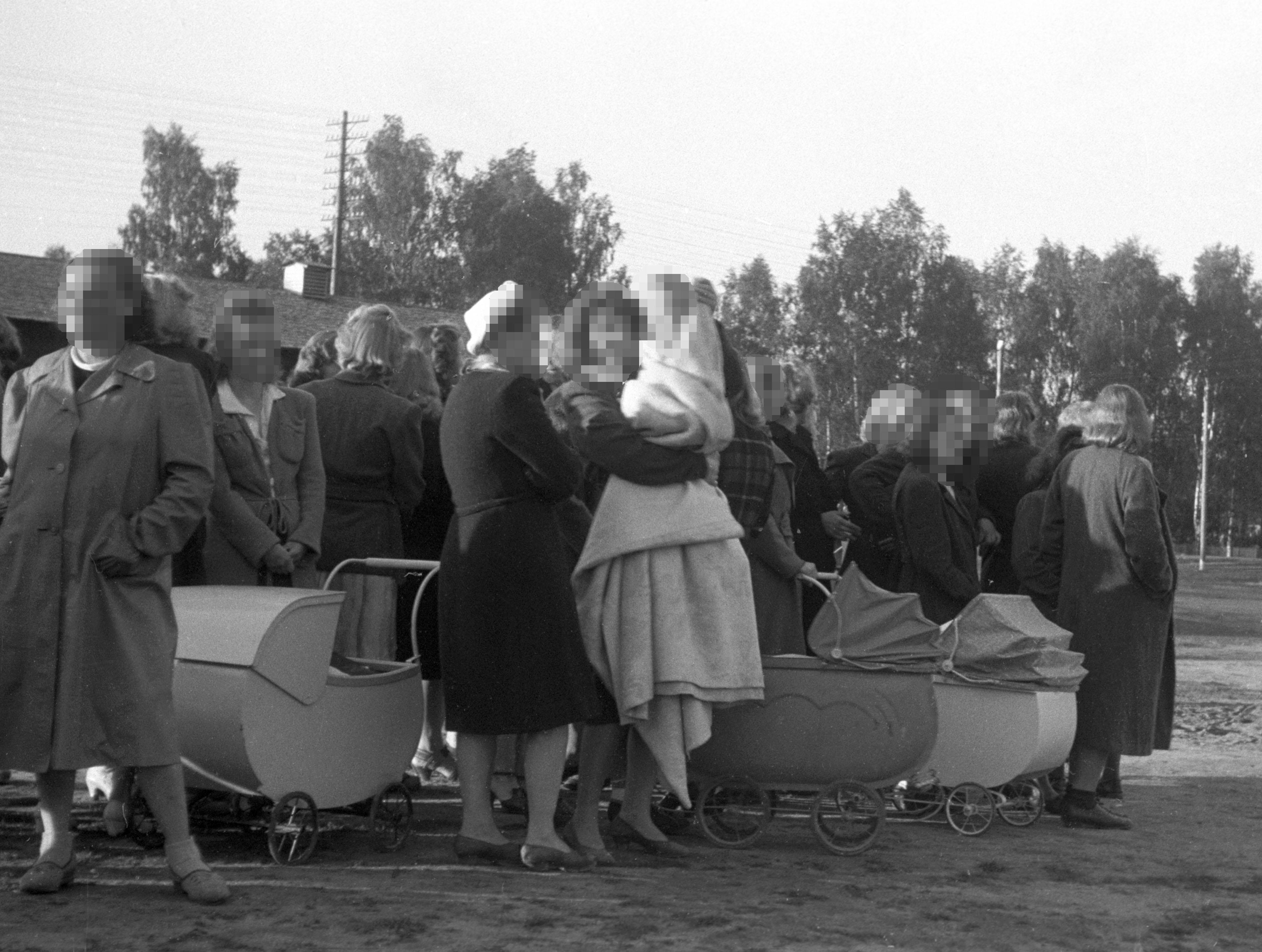 Noruega pede perdão às mulheres que sofreram represálias por se envolverem com soldados nazis