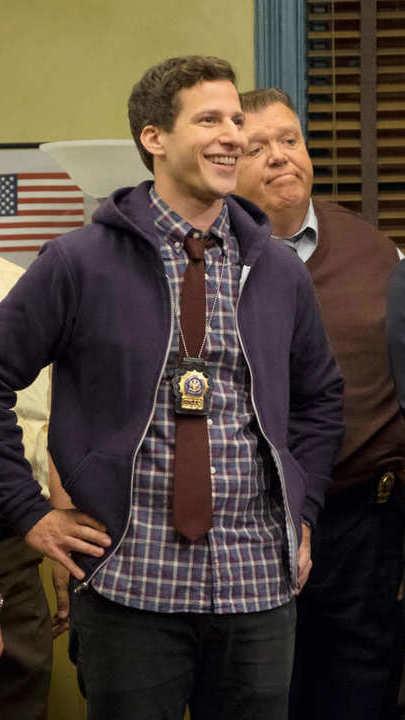 """De """"Brooklyn Nine-Nine"""" a """"The Killing"""": gosta de policiais? Estas séries são para si"""