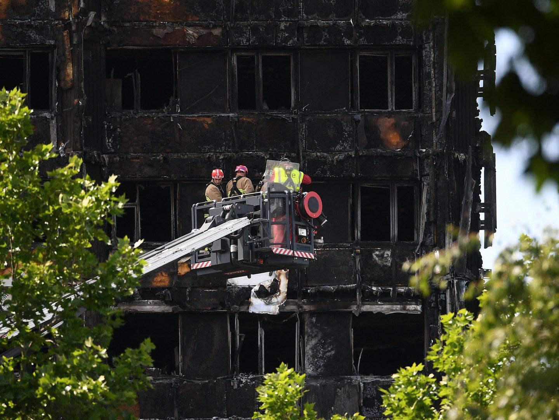 Chelsea e Arsenal doam receitas da Supertaça para as vítimas da Grenfell Tower