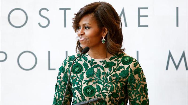 EUA. Michelle Obama e a sua reação ao receber presente de Melania Trump