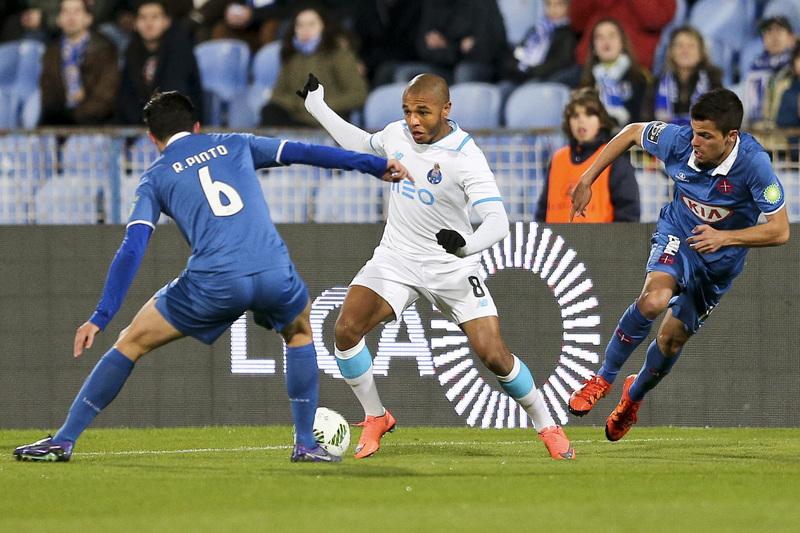 """Brahimi """"feliz"""" no FC Porto, Layún espera que adeptos estejam satisfeitos"""