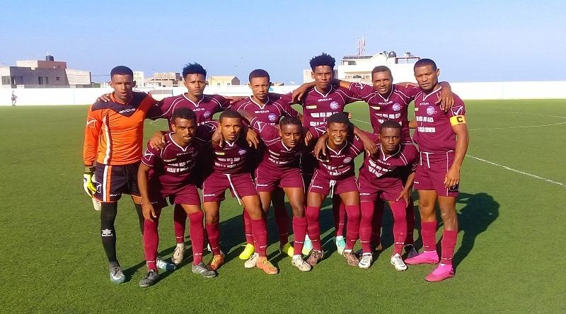 Futebol/Cabo Verde: UD Janela sem treinador com saída de Adívio Gomes