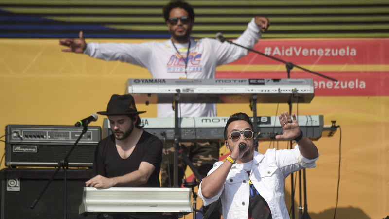 De Luis Fonsi a Paulina Rubio: Richard Branson junta artistas para um Live Aid pela Venezuela