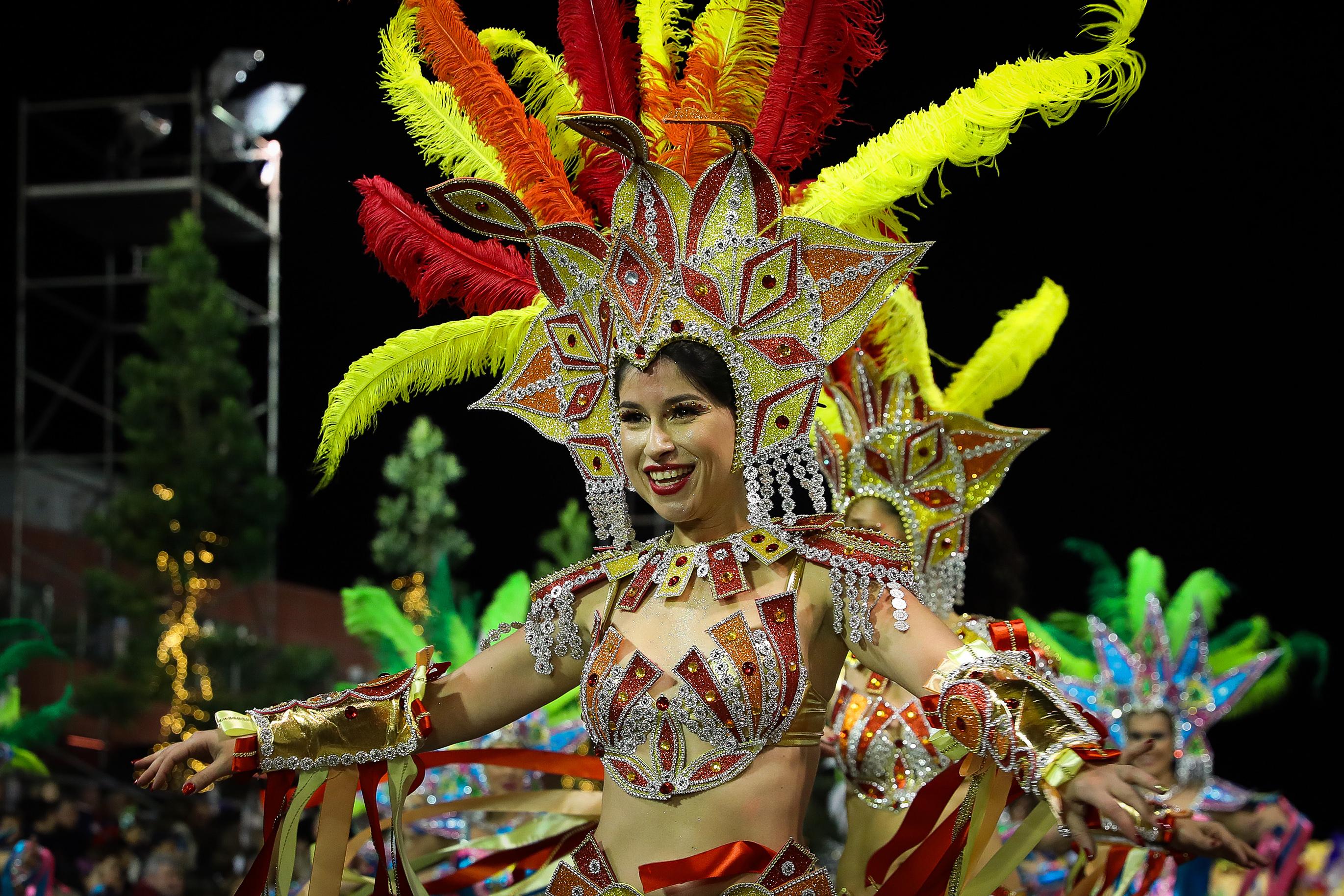 Milhares de pessoas assistiram a cortejo de Carnaval da Madeira