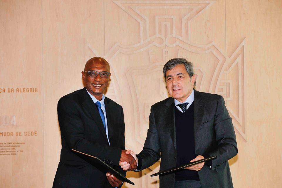 Federações nacionais de Futebol de Cabo Verde e Portugal assinam protocolo de cooperação