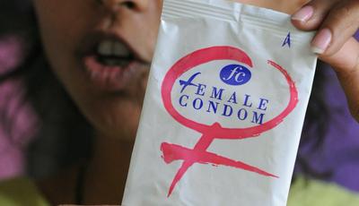 Preservativo feminino: o que é e como funciona?