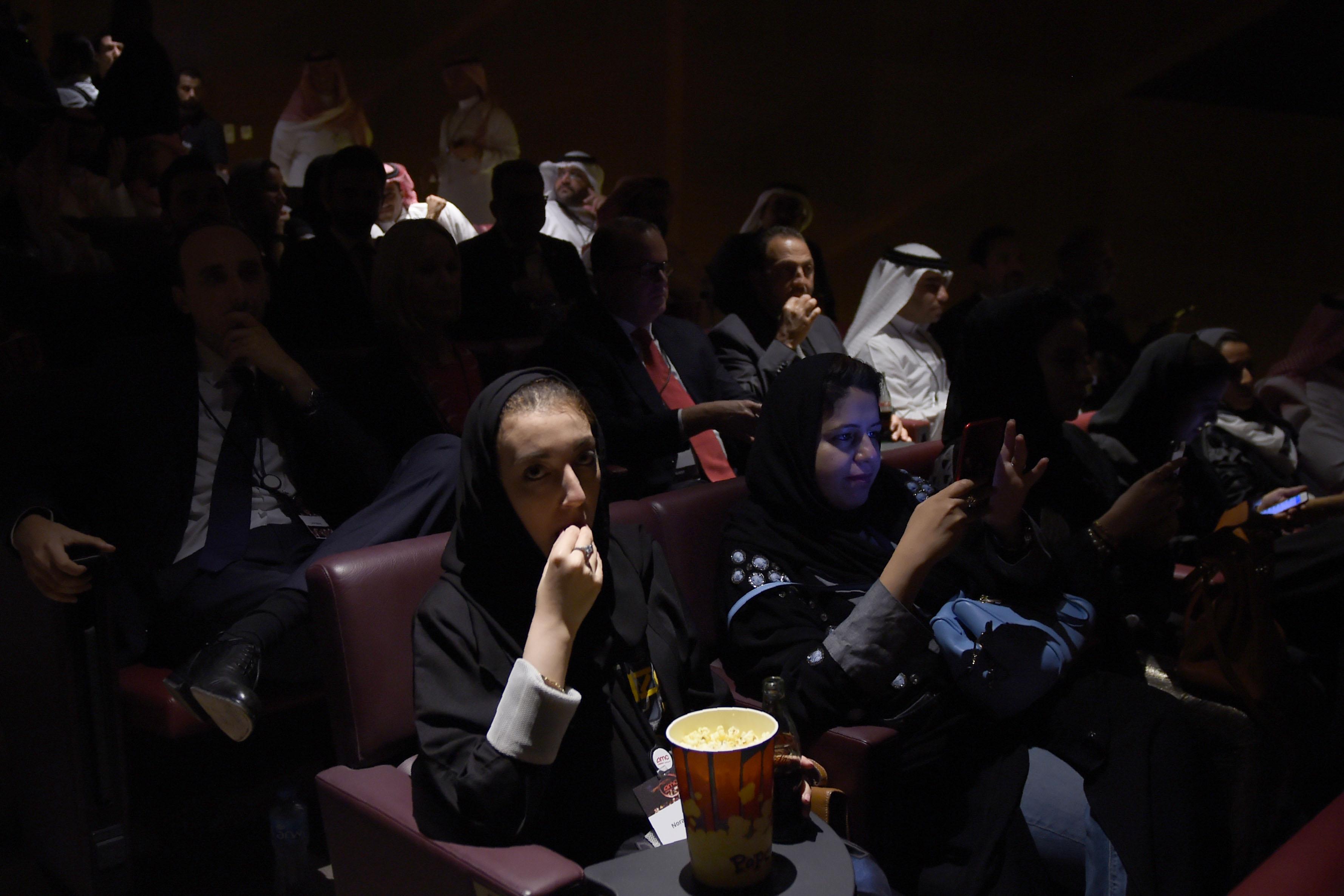 Arábia Saudita: Depois de um primeiro teste, cinemas voltam oficialmente a abrir ao público