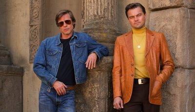 Novo filme de Tarantino: Leonardo DiCaprio divulga cartaz ao lado de Brad Pitt