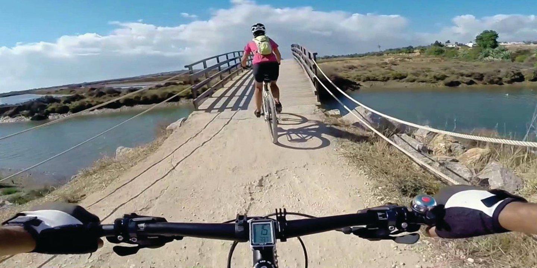 Plataforma arrancou esta sexta-feira com 140 percursos no Algarve para passear e pedalar