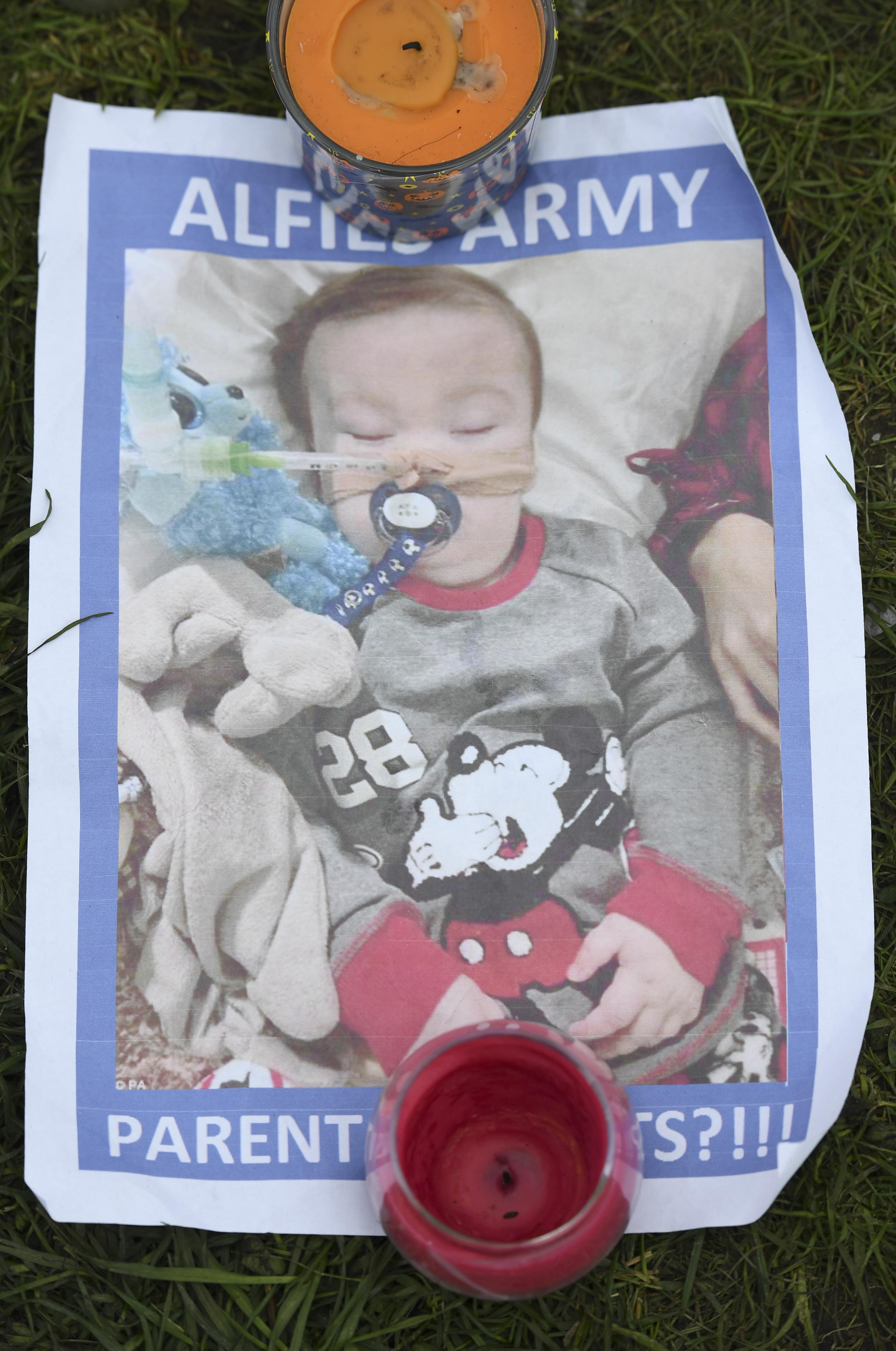 Rejeitado último recurso para prolongar vida de bebé com doença terminal no Reino Unido