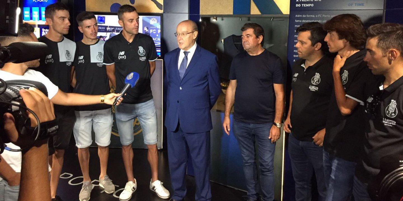 W52-FC Porto aplaudida no Dragão após conquista da Volta a Portugal
