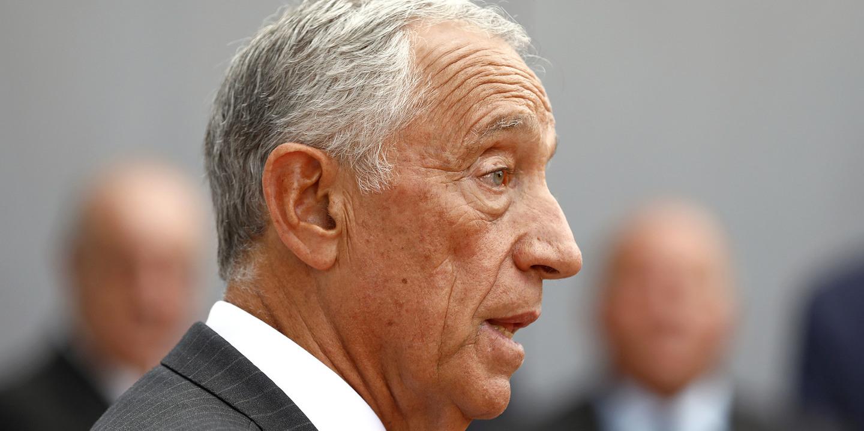 Marcelo promete não comentar até ao fim da vida antigos nem futuros presidentes