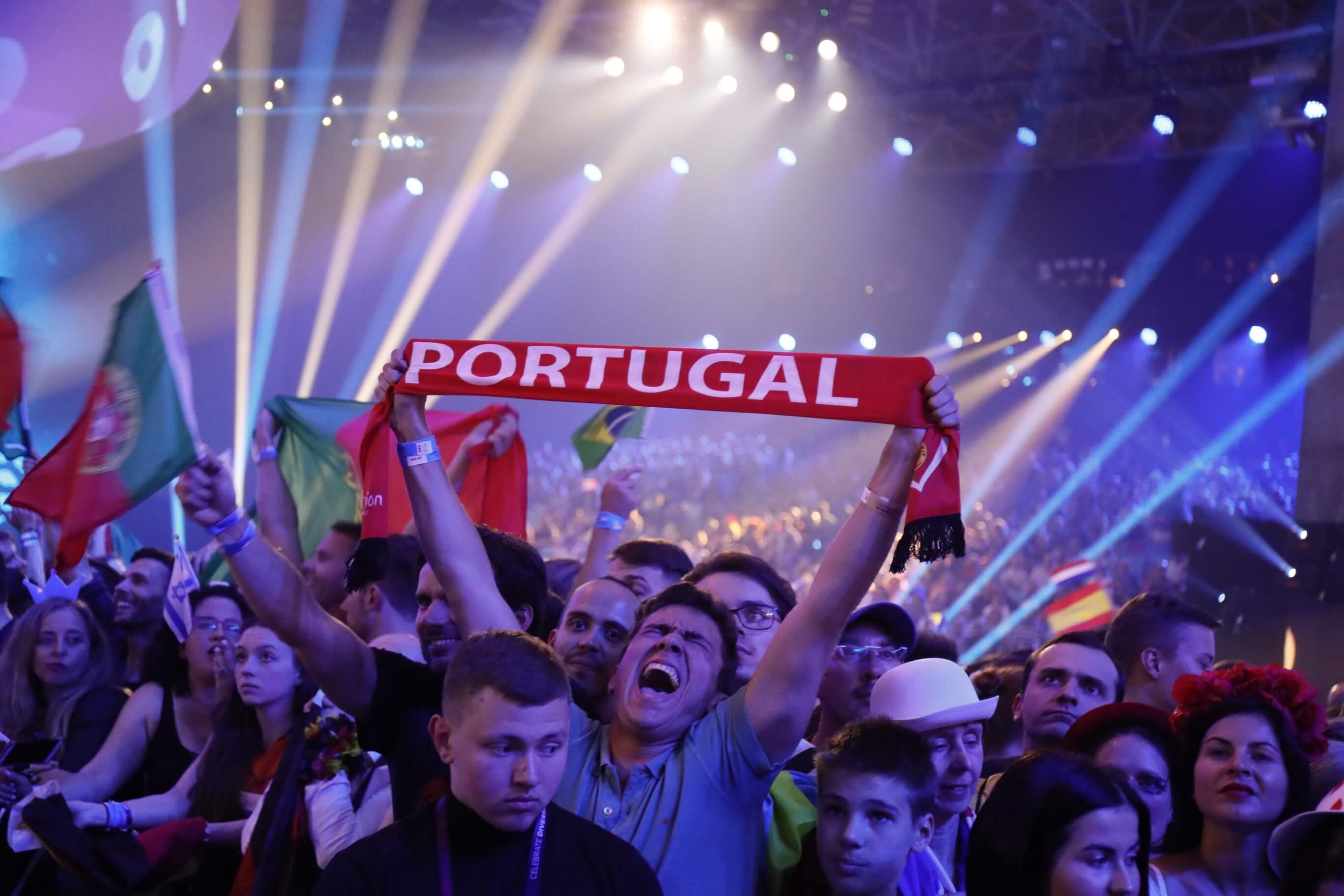 Comida, bolas de golfe, power banks ou lanternas: o que não pode entrar na Eurovisão