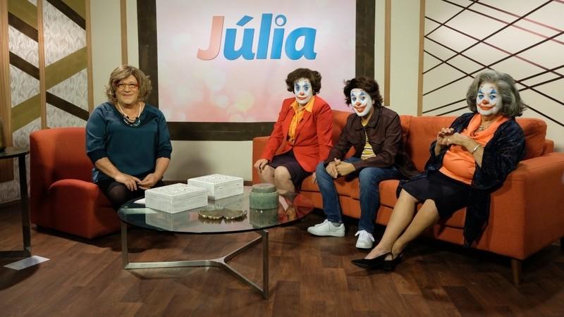 "Paródia: Herman José leva ""família do Joker"" ao programa de Júlia Pinheiro"