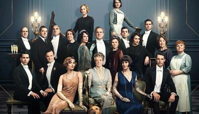 "Aristocratas de ""Downton Abbey"" derrotam Brad Pitt e Rambo no cinema"