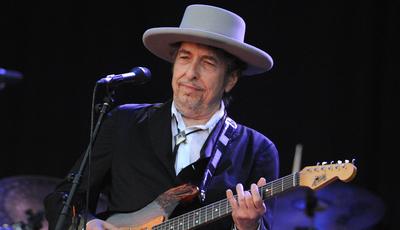 Amy Winehouse foi a última artista original, diz Bob Dylan