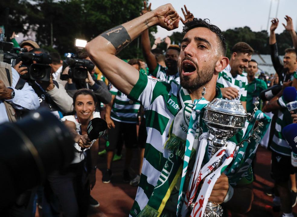 Sporting 'vinga' derrota frente ao Aves e conquista a Taça de Portugal