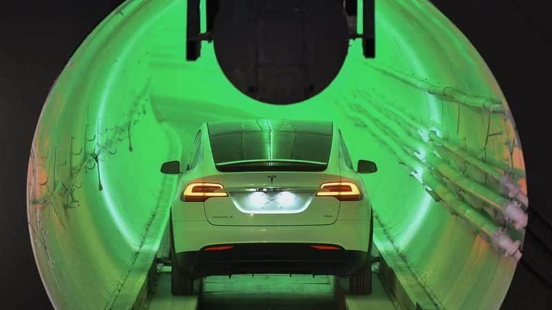 Empresa de Elon Musk completa segundo túnel do sistema de transporte subterrâneo em Las Vegas