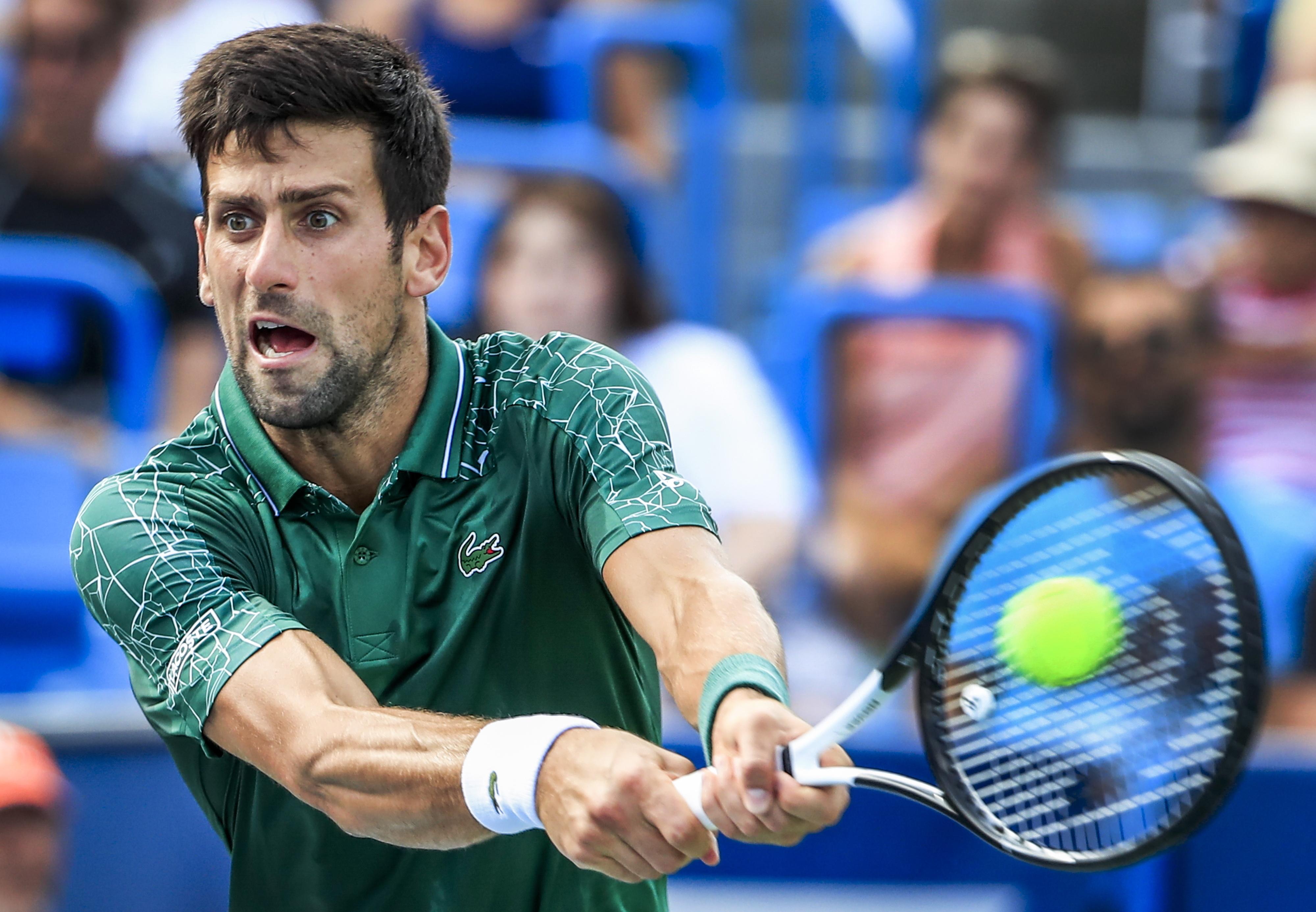 """Djokovic sobe quatro posições e é sexto no """"ranking"""" mundial de ténis"""