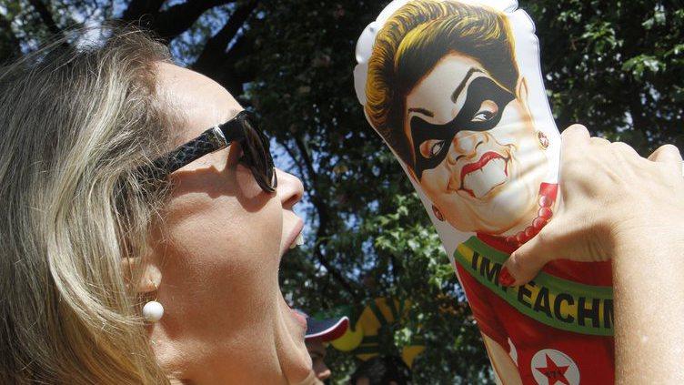 Protesto contra Dilma Rousseff no Brasil