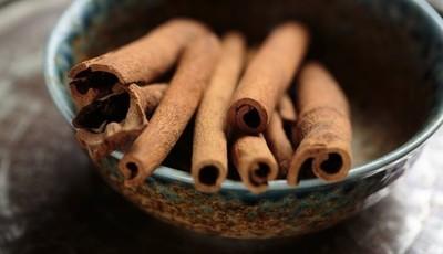 O aroma terapêutico da canela