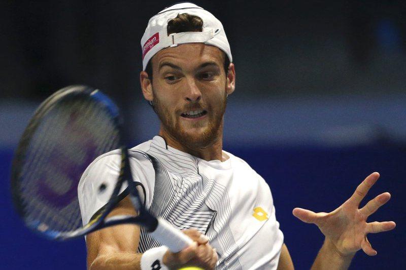 João Sousa cai na primeira ronda no torneio de ténis de Chengdu