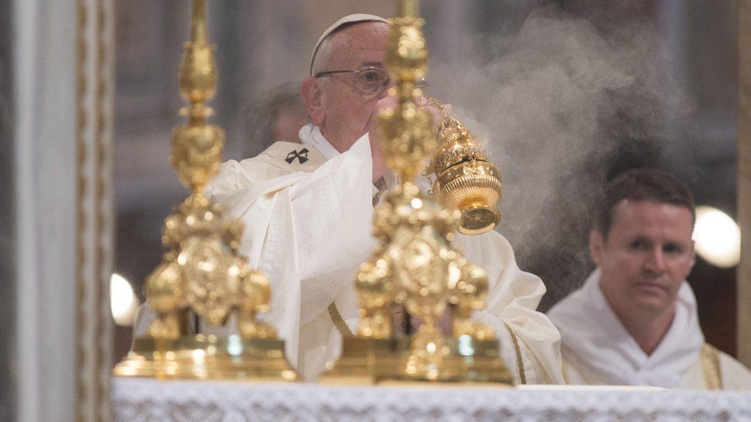 """Papa manifesta-se contra a """"sociedade líquida"""" em que vivemos"""