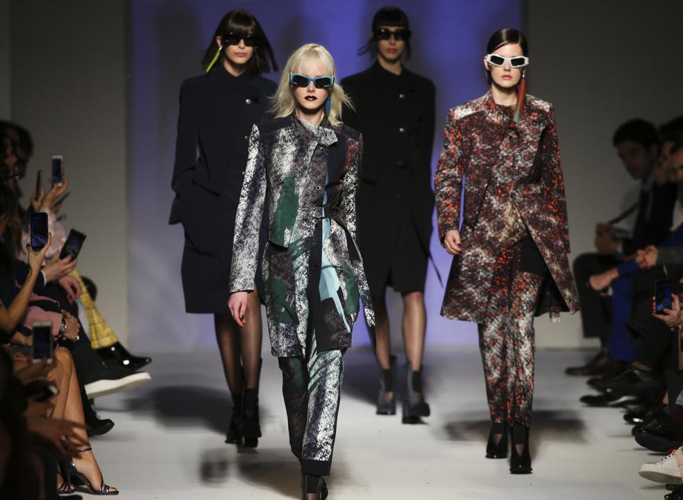 """Portugal Fashion: Mau tempo sentido na """"cidade da moda"""" mas organização garante segurança"""