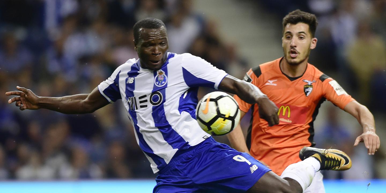 Portimoense: Pedro Sá e Tabata regressam aos convocados para jogo com o FC Porto
