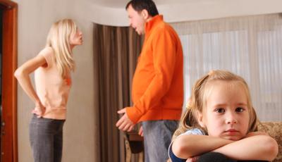 Sinais de que a sua família anda stressada (e como dar a volta)