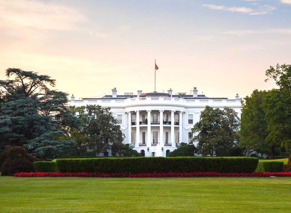 Microsoft confirma que Estados Unidos continuam a ser alvo de ataques informáticos da Rússia