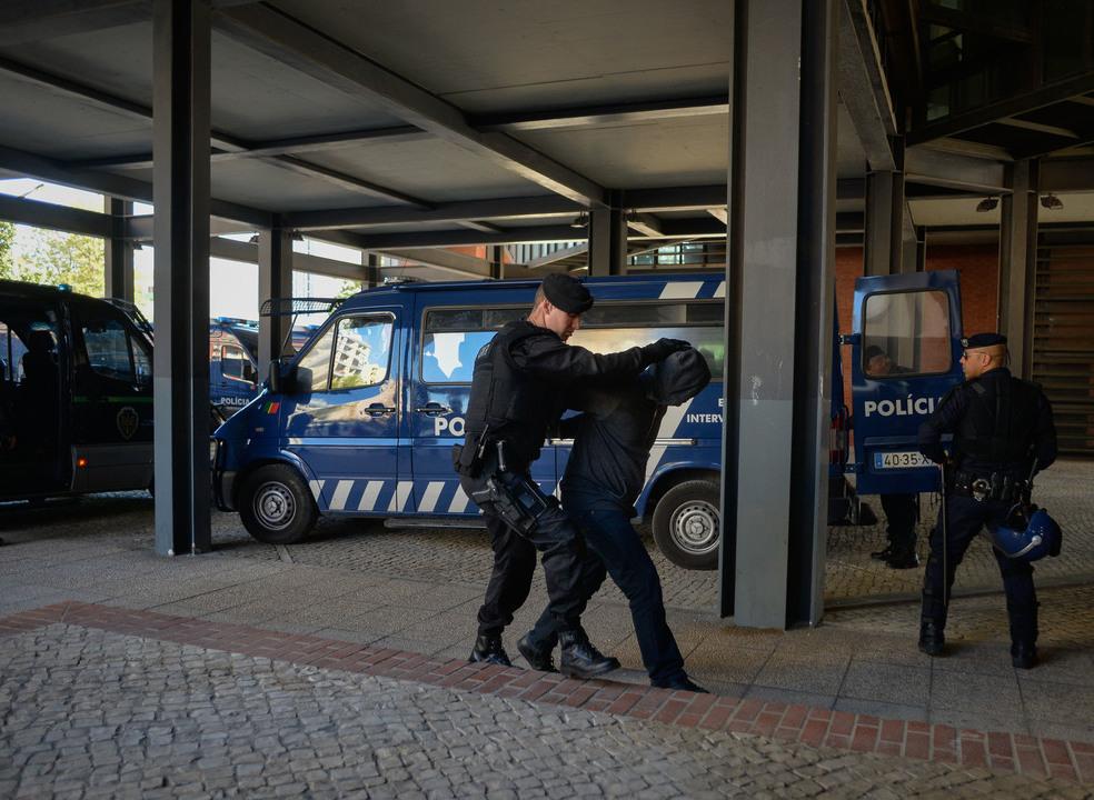 """MP com """"fortes indícios"""" de que os 23 detidos agiram de forma concertada em Alcochete"""