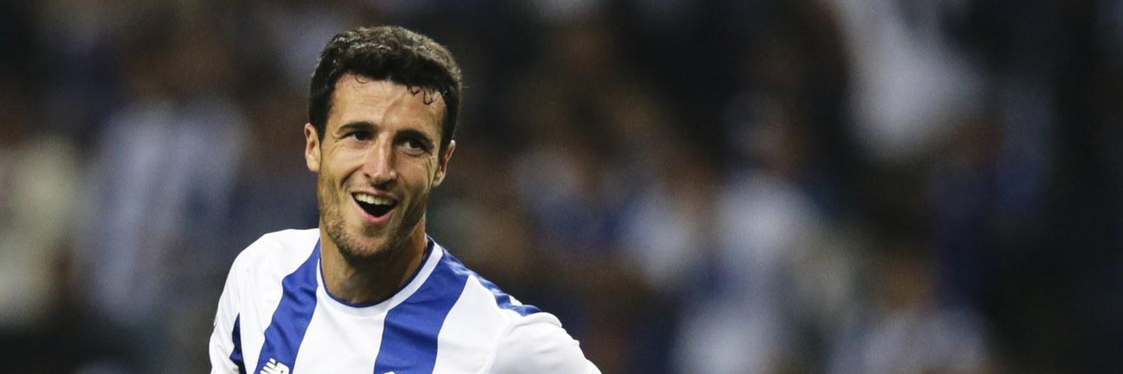 FC Porto mostra domínio em casa e goleia Portimonense