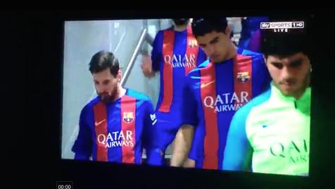 Messi cuspiu dente acidentalmente