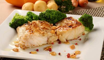 Bacalhau é a especialidade portuguesa preferida dos estrangeiros. Muito atrás das pizas, da paelha e das salsichas alemãs