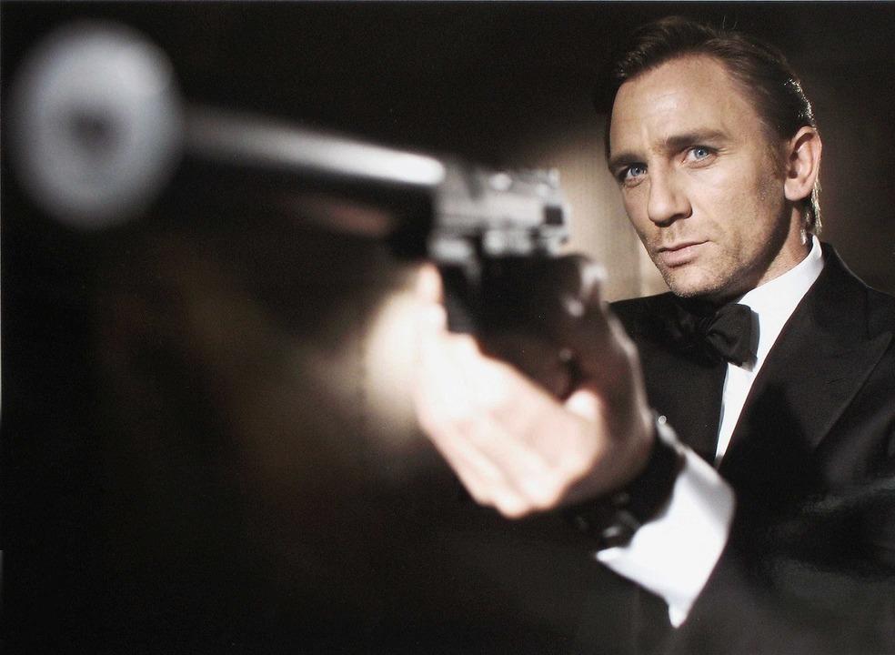 James Bond volta a enfrentar os russos, mais de 20 anos depois