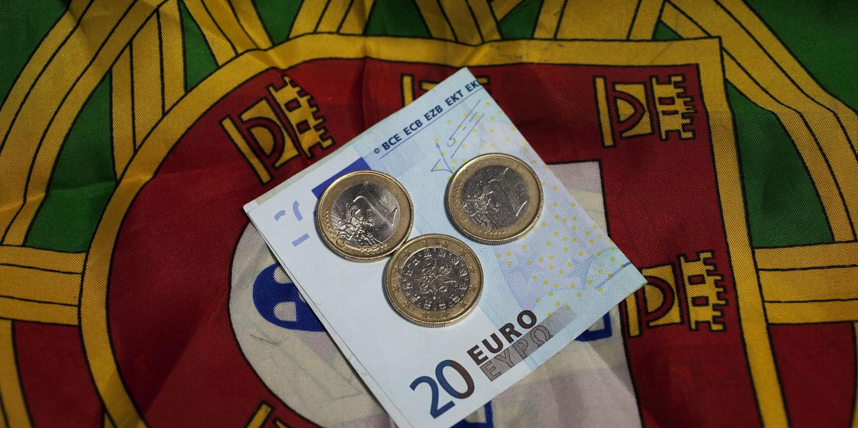 Estado arrecada mais de 25 mil milhões de euros em impostos até agosto