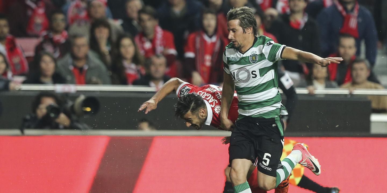"""Benfica sobre Coentrão: """"Vemos, ouvimos e lemos. Não podemos ignorar"""""""