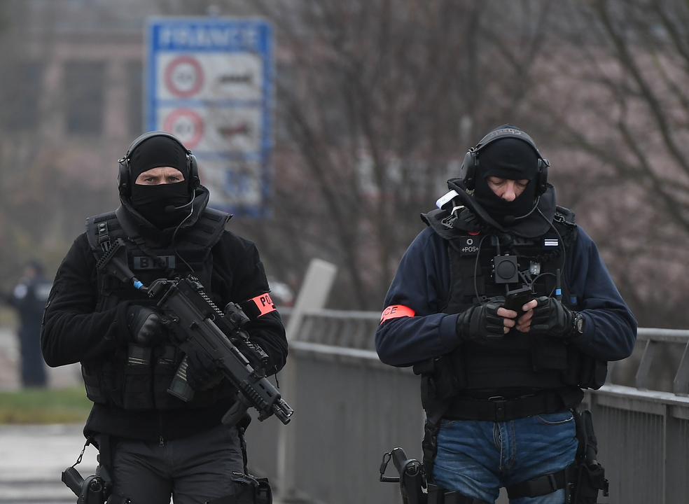 França: Novo balanço dá conta de dois mortos e 14 feridos em Estrasburgo