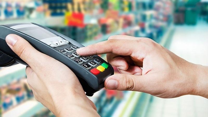 Bancos impedidos de cobrar comissões por operações digitais