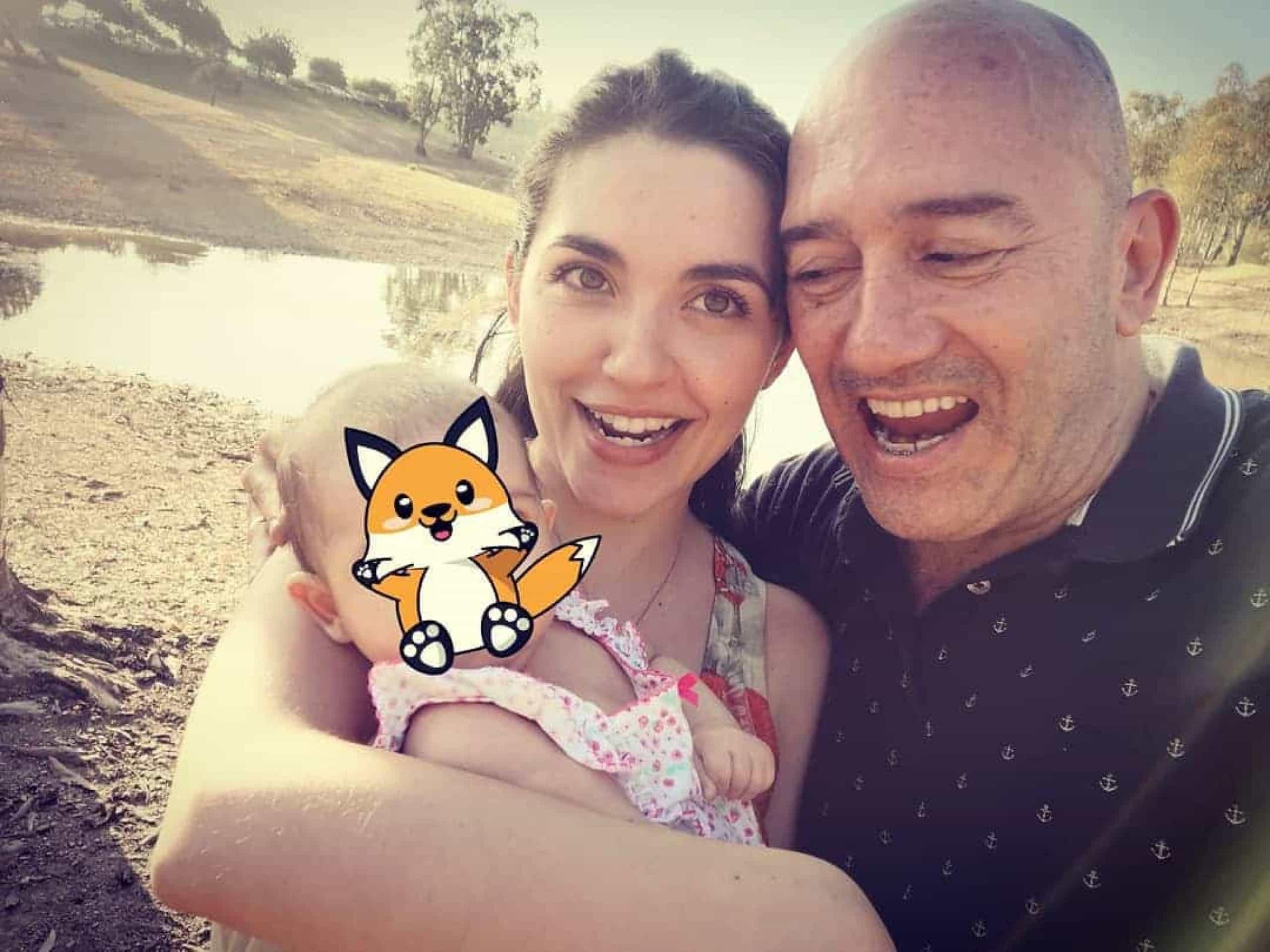 """Sara Barradas leva filha à praia. """"Os primeiros 30 minutos do ano"""""""