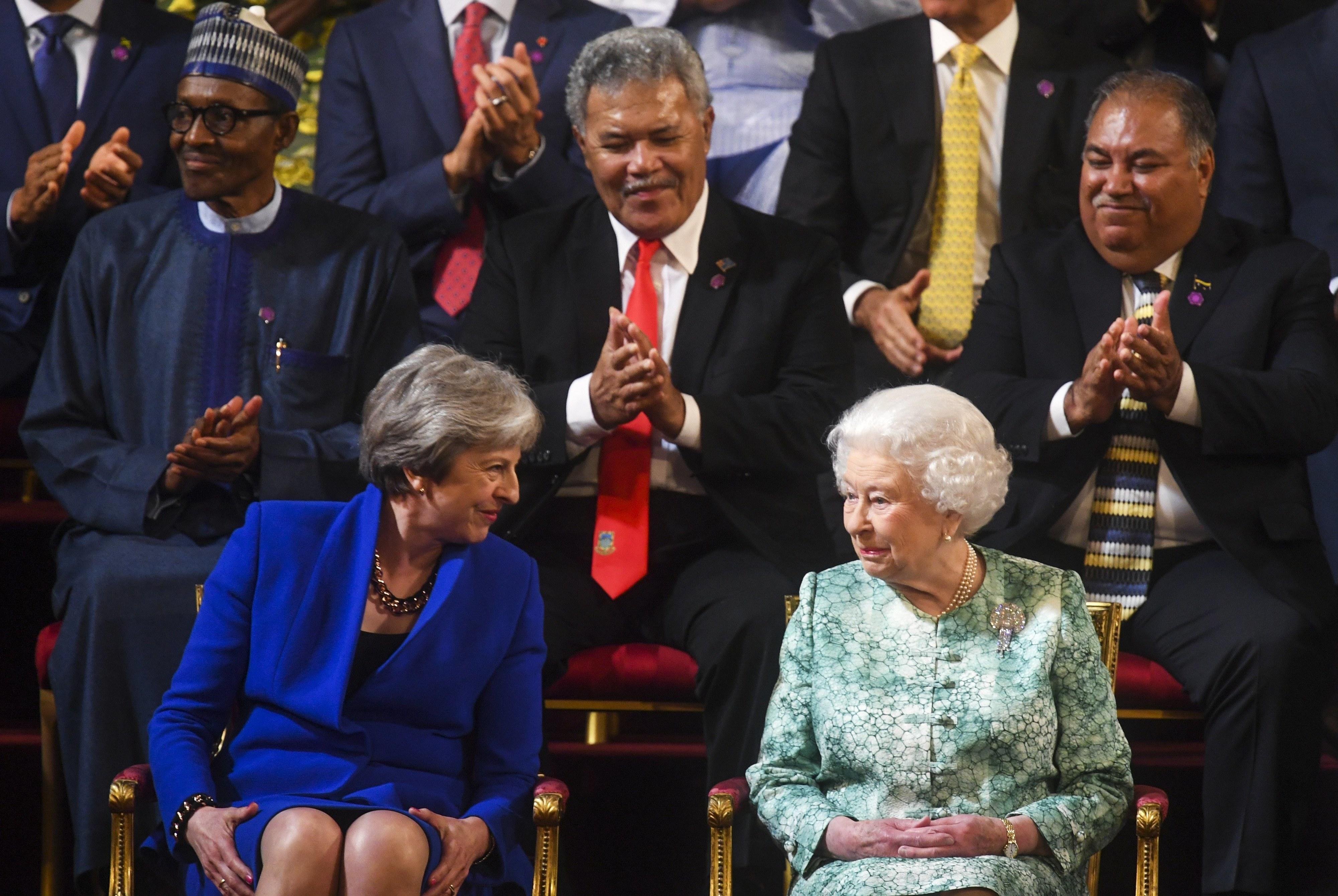 Rainha Isabel II celebra 92º aniversário em concerto com Sting, Tom Jones ou Kylie Minogue