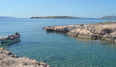As 7 ilhas gregas que deve conhecer nas próximas férias