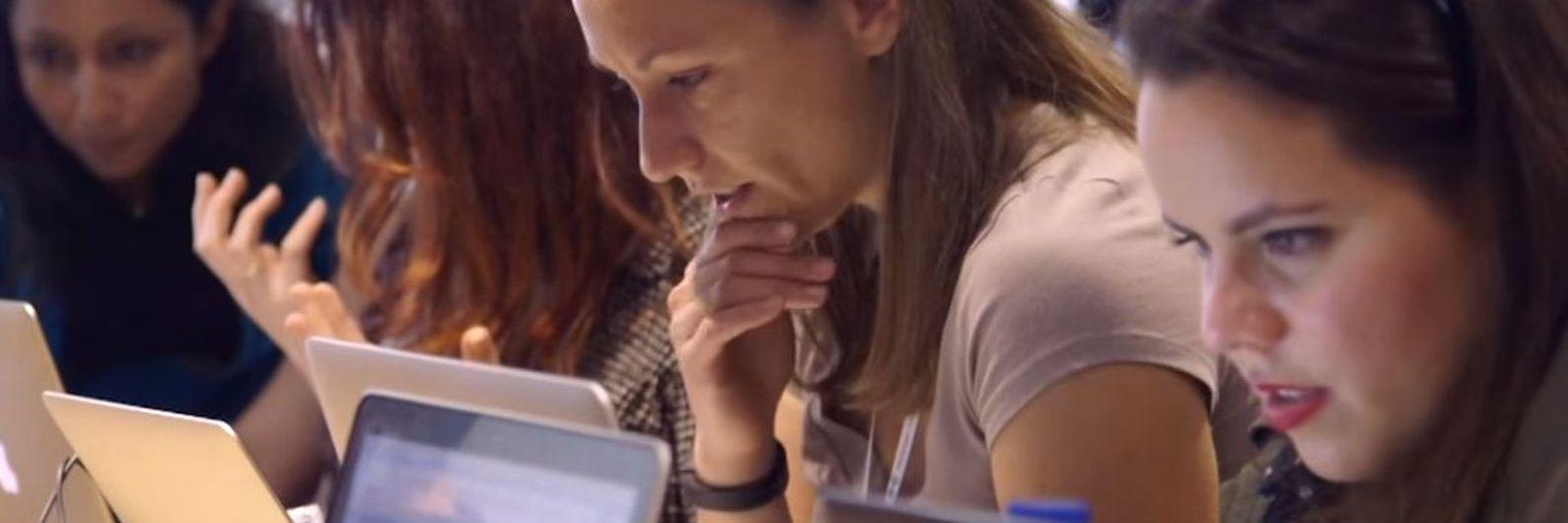 Mulheres são mais na universidade mas continuam a ser poucas nos cursos de tecnologia